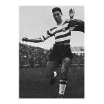Mário Galvão – Defesa com talento para as bolas paradas